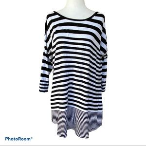 ONQUE BLACK WHITE STRIPED KNIT TOP 3/4 Sleeve XL